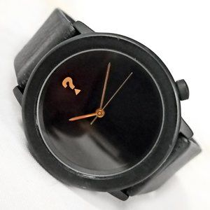 Vintage Guess Watch 1992 Black Gold 33.5mm
